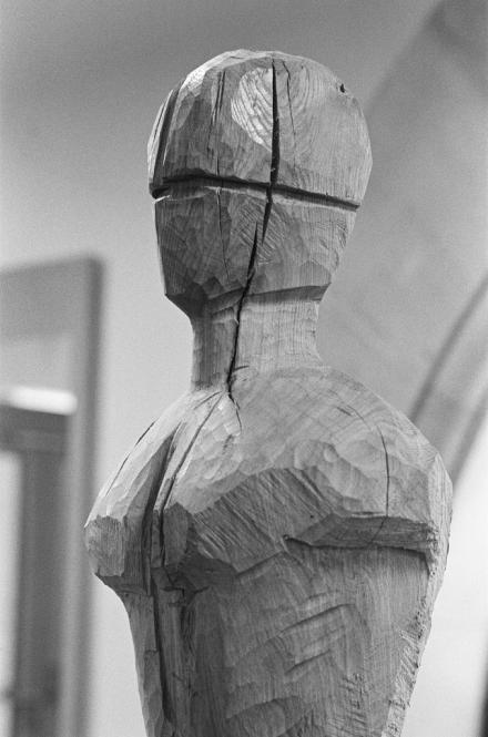 Große stehende Figuration, Eichenholz, H. 1,50 m, 2013